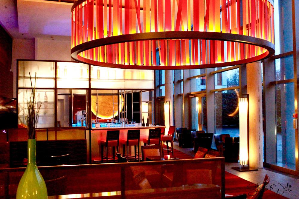 Radisson Blu Frankfurt Bar Cocktails Erfahrung Auswahl Lounge