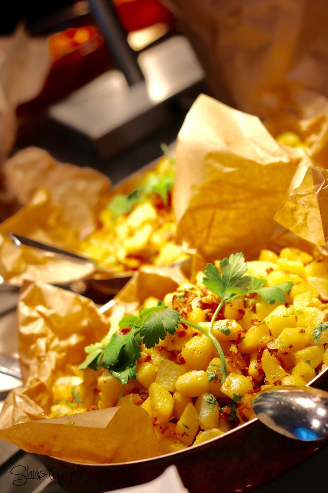 Radisson Blu Frankfurt Essen Mittag Dinner Abendessen Frühstück Buffet Erfahrung Auswahl