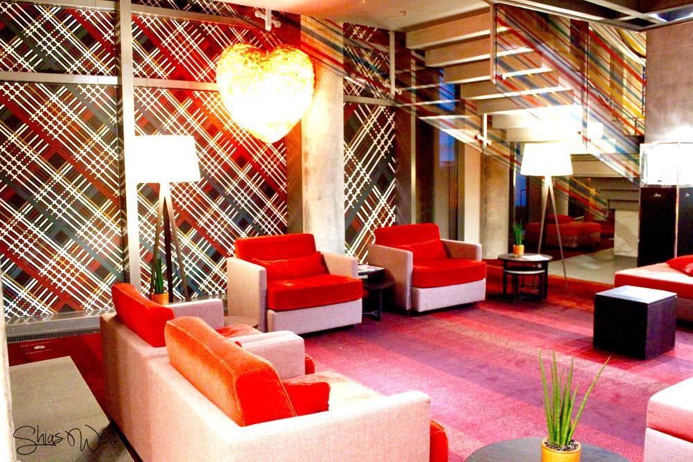 Radisson Blu Frankfurt Lounge Aufenthalt Erfahrung Bild