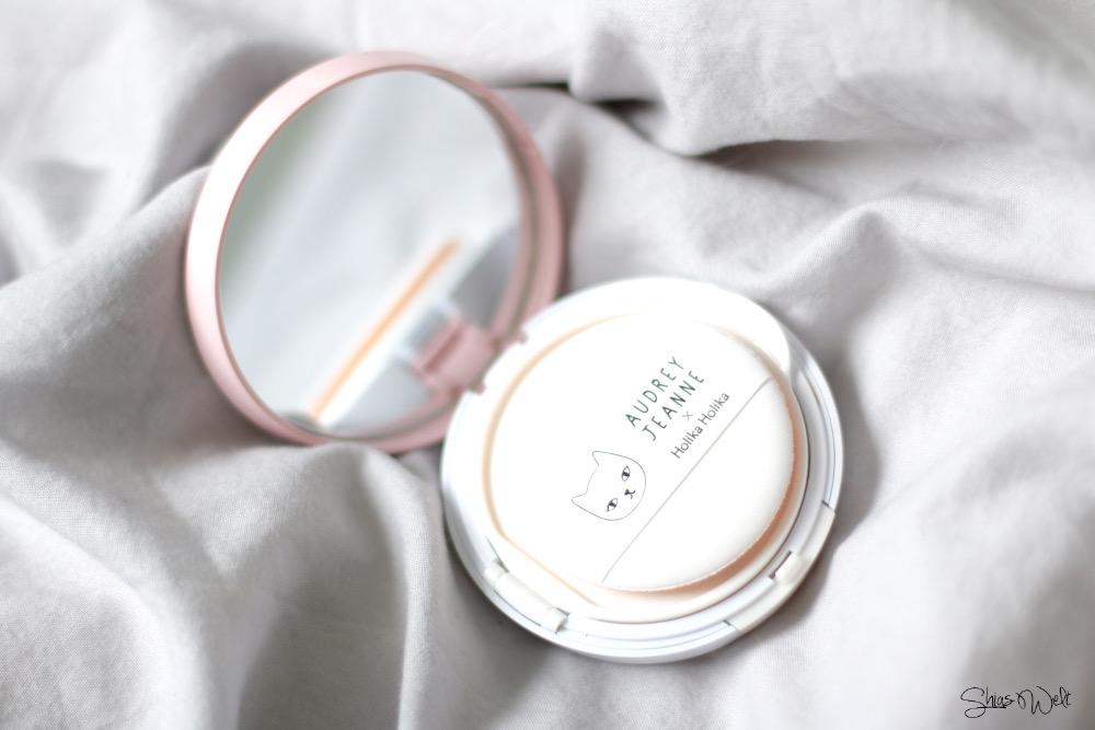 DoDo Holika Holika Glow Cushion BB Cream Review Blog BEauty Korean Beauty