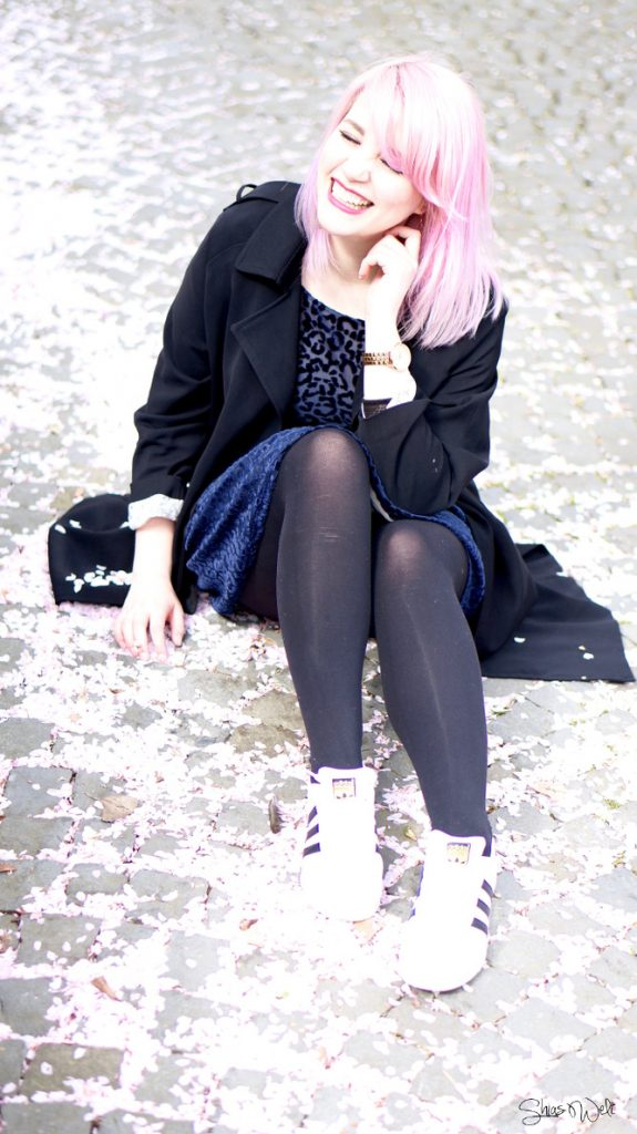 Superstar Sneaker Outfit Combination Zara Dess Coat Trenchcoat Adidas Pink Hair Dolls with Dye