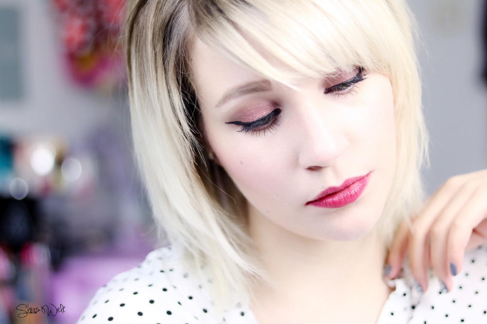 CHATEAU LABIOTTE WINE EYE SHADOW PALLETE 02 SWEET WINE Review Test Look Make Up Korean Beauty