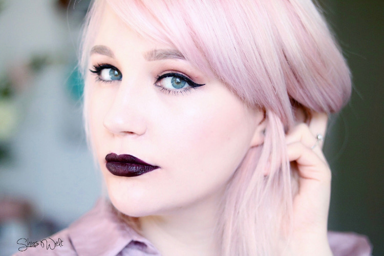 Urban Decay VICE LIQUID LIPSTICK Review Swatch Look Blackmail