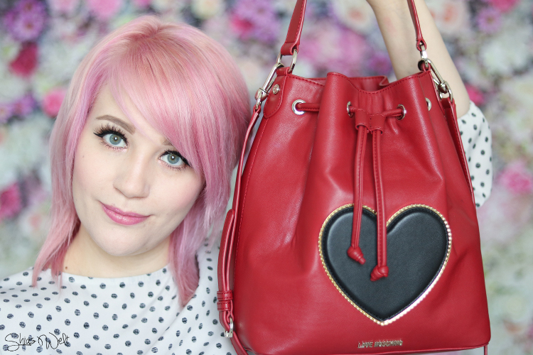 Whats in my Love Moschino Bag Video
